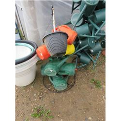 WATERING CANS APPROX 26 LRG