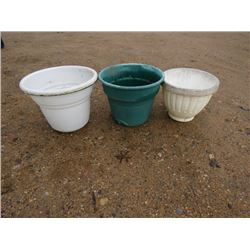 """FLOWER POTS QTY 3 18 TO 24"""""""