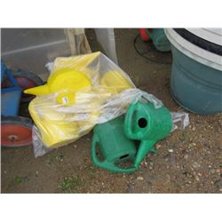 WATERING CANS APPROX 7