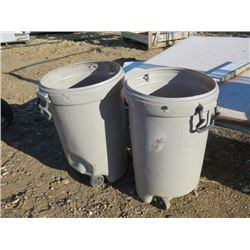 2 PLASTIC GARBAGE CANS