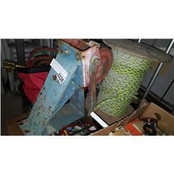 HEAVY DUTY WINCH AND SPOOL OF ROPE
