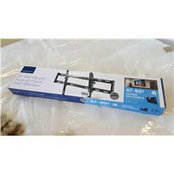 NEW OVERSTOCK INSIGNIA 47-80 INCH TILTING TV WALL MOUNT