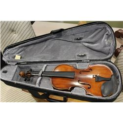 DESIGNED IN NEW YORK VIOLIN IN CASE NO BOW