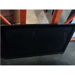 LG FLAT SCREEN TV WITH WALL MOUNT 42 INCH