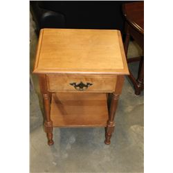 RAD MAPLE 1 DRAWER END TABLE