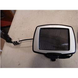 GARMIN GPS WITH MOUNT AND CHARGER