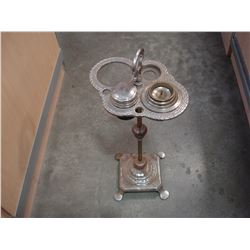SHAVING STAND AND FIRE EXTINGUISHER