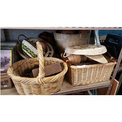 LARGE LOT OF VARIOUS BASKETS