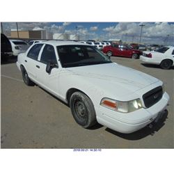 2000 - FORD CROWN VICTORIA // TEXAS TITLE
