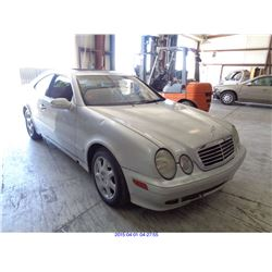 2000 - MERCEDES BENZ CLK320