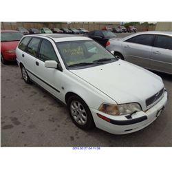 2002 - VOLVO V50