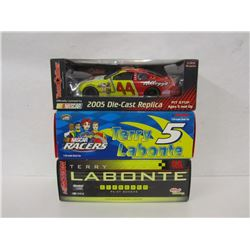 THREE TERRY LABONTE 1:24TH SCALE DIE CAST CARS