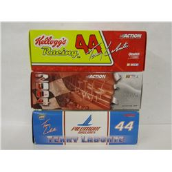 THREE TERRY LABONTE 1:24TH SCALE STOCK CARS