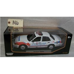 Motor Max Windsor Police 1999 Crown Victoria