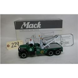 First Gear Mack 1960 NY Police Tow Truck Die Cast