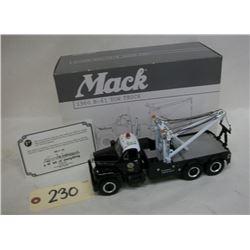 First Gear Mack 1960 LA PD Tow Truck Die Cast