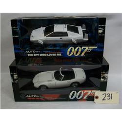 Auto Art: The James Bond Collection (2 Cars)