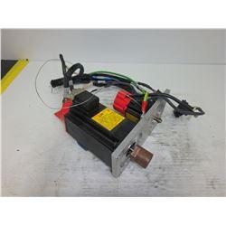 FANUC A06B-0372-B075 A2/2000 AC SERVO MOTOR w/ A06B-0113-B078 A0.5/3000 AC SERVO MOTOR