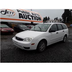 C5---2005 FORD FOCUS ZXW WAGON, WHITE, 193,670 KMS