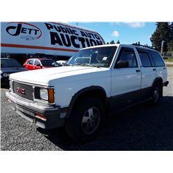 A6 -- 1991 GMC JIMMY SUV, WHITE, 216,384 KMS