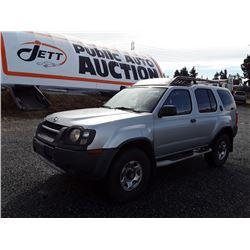 J5---2002 NISSAN XTERRA SUV, GREY, 304,625 KMS