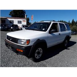 A7---1997 NISSAN PATHFINDER XE SUV, WHITE, 181,180 MILES