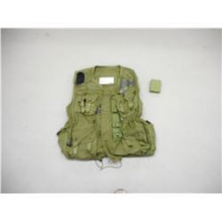 TACTICAL LOAD BEARING VEST & CLEANING KIT