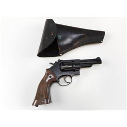 CROSMAN MODEL 38C AIRPISTOL WITH HOLSTER
