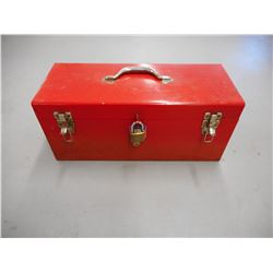 LARGE TOOL BOX WITH LOCK