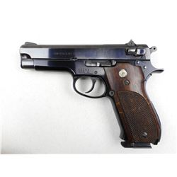 SMITH & WESSON , MODEL: 39 , CALIBER: 9MM