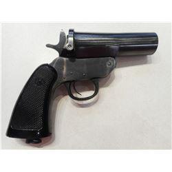 FLARE GUN, HARRINGTON & RICHARDSON MARK VI , MODEL:  , CALIBER: N/A