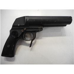 DOUBLE BARREL AIRFORCE & TANKCORPS SIGNAL PISTOL , MODEL:  , CALIBER: N/A