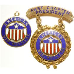 American War Mothers Gold Badges