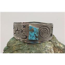 Modern Overlay Bracelet with Nice Stone