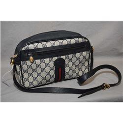 Vintage Gucci cross body bag