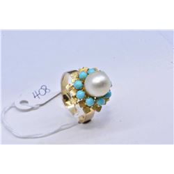 Vintage ladies 14kt yellow gold turquoise and genuine pearl ring