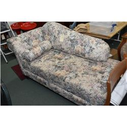 Modern floral upholstered Victorian style chaise lounge