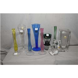 Tray lot of collectible crystal including green cut to clear vase, Daum French cristal vase, two Dau