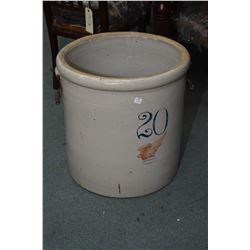 Twenty gallon Redwing stoneware crock