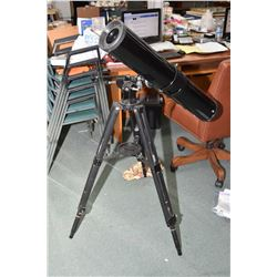 Saturn telescope Model 114EQ with tripod, instruction booklets and accessories
