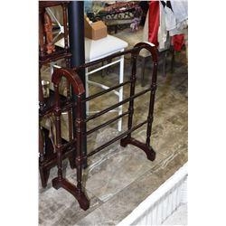 Modern quilt rack