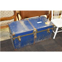Blue metal steamer trunk with tray