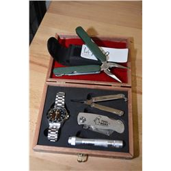 Small multi tool kit with belt pouch and a Tool Worx boxed gift set with watch, flashlight, folding
