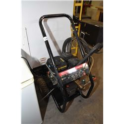 Pro Power Washer, gas powered 2700psi pressure
