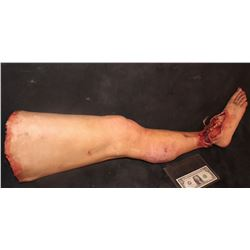 THE KNICK SEVERED SILICONE LEG 2