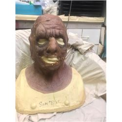 ZZ-CLEARANCE TOXIC AVENGER WORLD PEACE ADULT SWIM SCREEN USED COWL AND FACE APPLIANCE