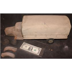 PASSAGE TO MARSEILLE MILITARY TRUCK WWII COMPLETE ANTIQUE FILMING MINIATURE 2