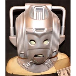 DR WHO SCREEN USED ATTACK OF THE CYBERMEN HELMET