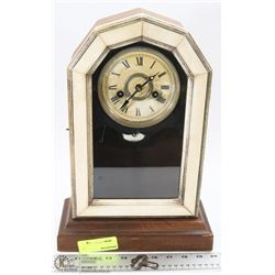 VINTAGE MANTLE CLOCK WITH KEY