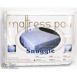 NEW SNUGGLE CONTOURED MATTRESS PAD SIZE TWIN XL